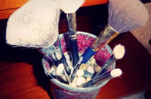 Brush-Holder-1